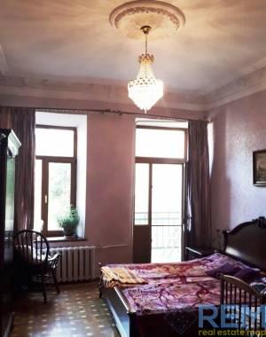 4-комн., 95 кв. м., Княжеская, Центр, Одесса, Приморский район