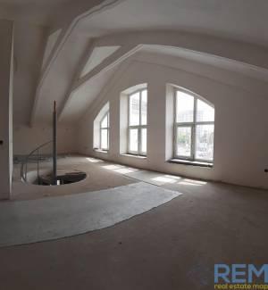 Здание, Квитковая, 750 кв. м., Фонтан, Одесса, Приморский район