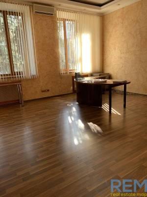 Здание, Большая Арнаутская, 700 кв. м., Центр, Одесса, Приморский район