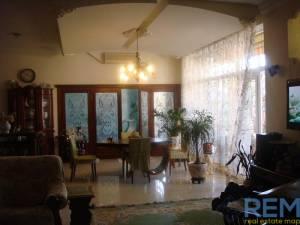 Дом, Фонтан, 4-комн., 260 кв. м., Гаршина пер, Одесса, Киевский район