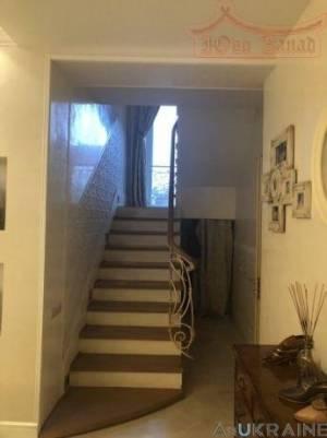 Дом, Чубаевка, 7-комн., 170 кв. м., Жаботинского, Одесса, Киевский район