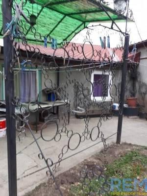Дом, Слободка, 3-комн., 86 кв. м., Крылова, Одесса, Суворовский район