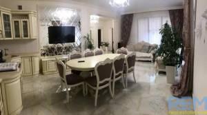 Дом, Вузовский, 4-комн., 260 кв. м., Александра Невского, Одесса, Киевский район