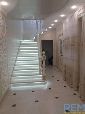 Дом, Ленпоселок, 4-комн., 297 кв. м., Магистральная, Одесса, Малиновский район