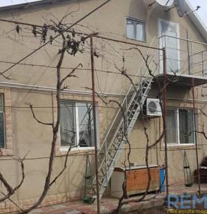 Дом, Котовского пос, 4-комн., 80 кв. м., 32-я линия, Одесса, Суворовский район